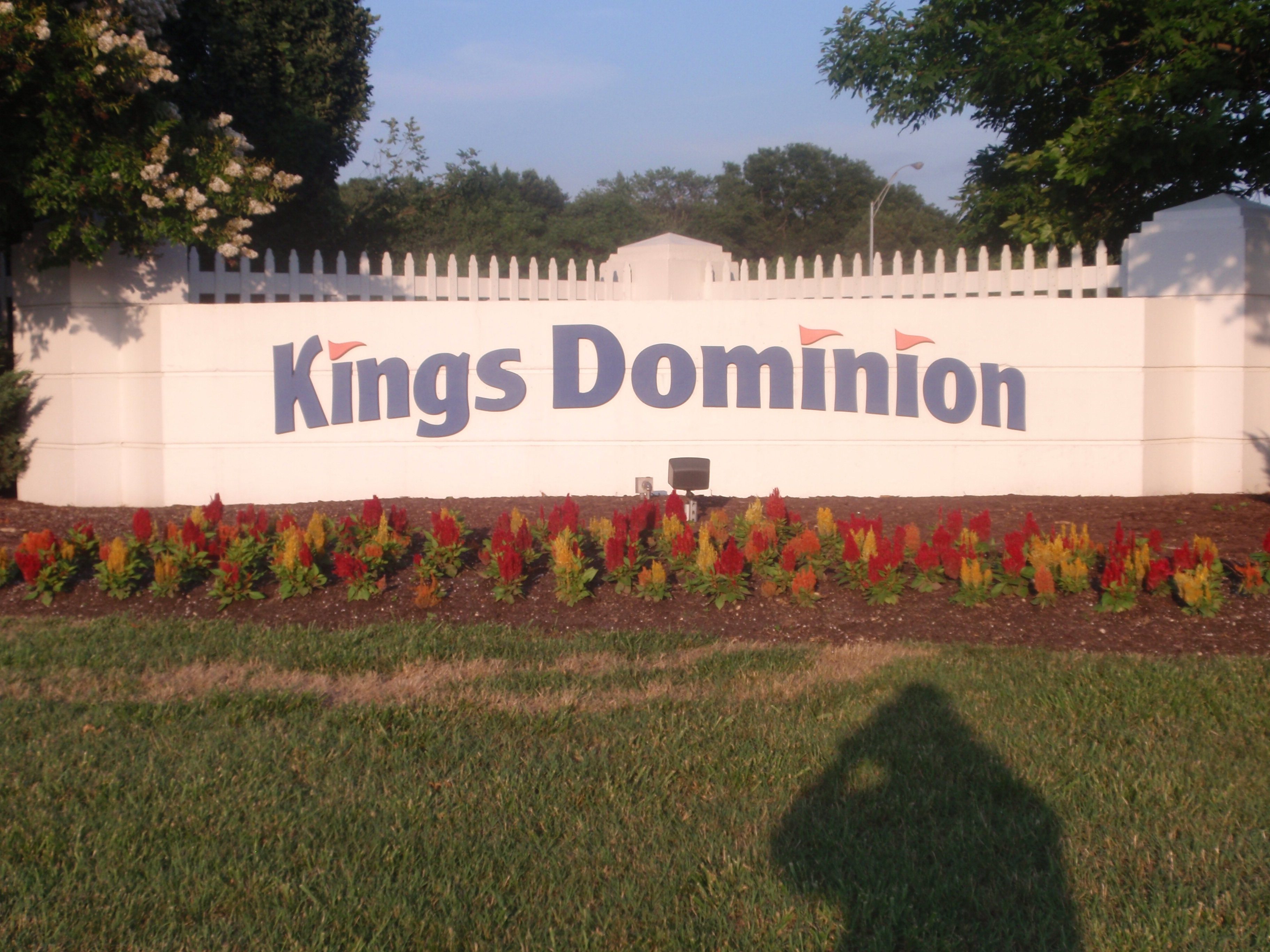kings dominion sign